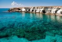דילים לקפריסין
