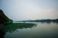 האגם המערבי West Lake